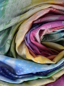 foulard-chale-viscose-arc-en-ciel