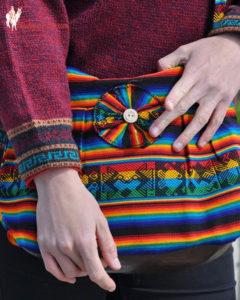 Sac à main en tissage péruvien arc-en-ciel