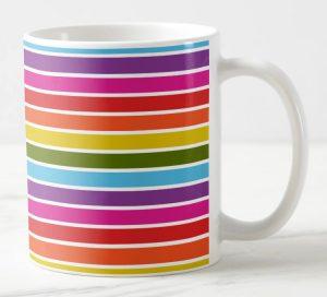 Mug a rayures horizontales arc-en-ciel