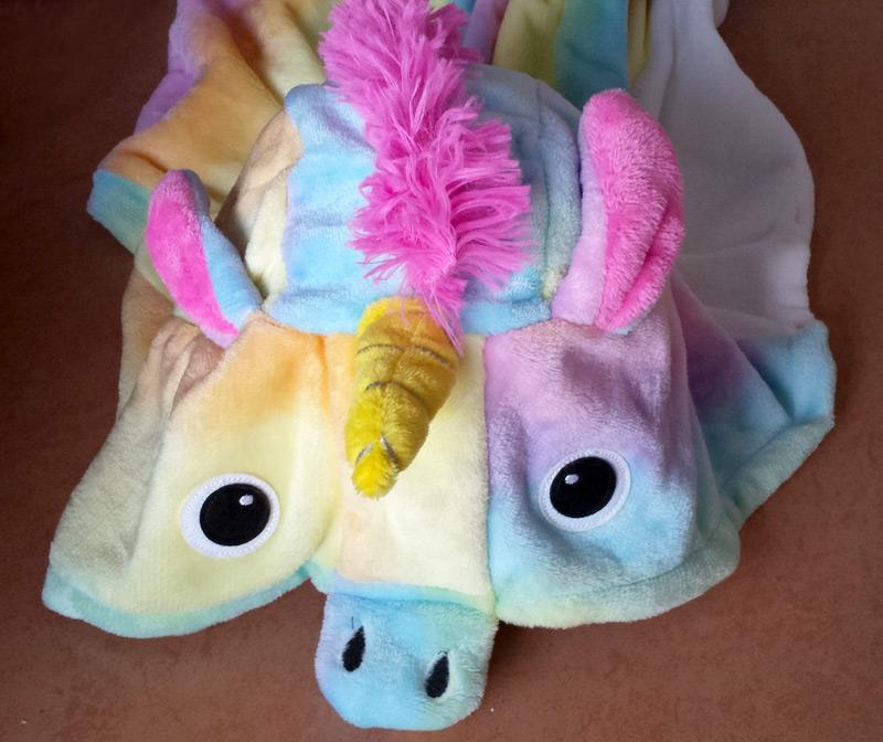 Capuche du pyjama licorne arc-en-ciel