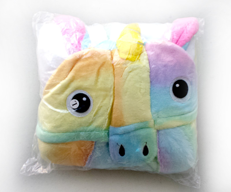Emballage du pyjama licorne