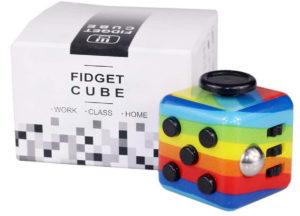 Fidget cube arc-en-ciel